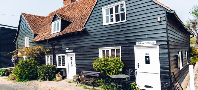Mersea Island cottage. Essex blogger and influencer. Photo by Colchester Streets